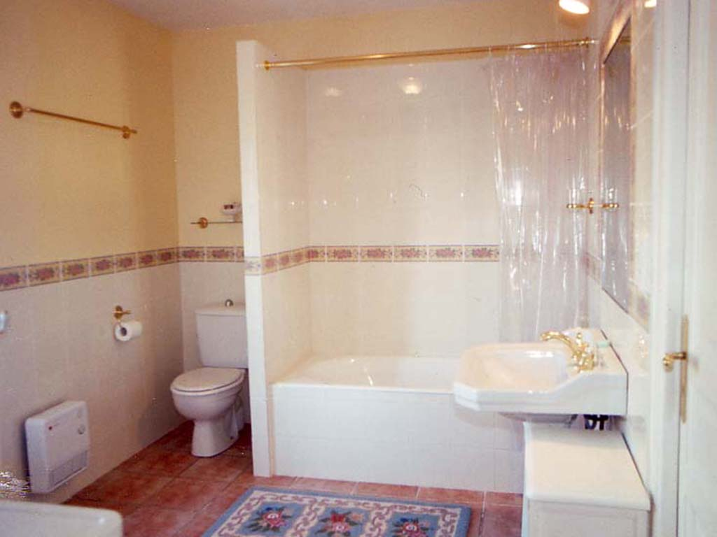 bathroom-copy-21.jpg