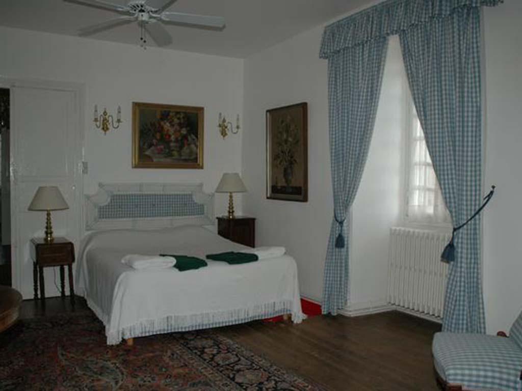 bed18.jpg