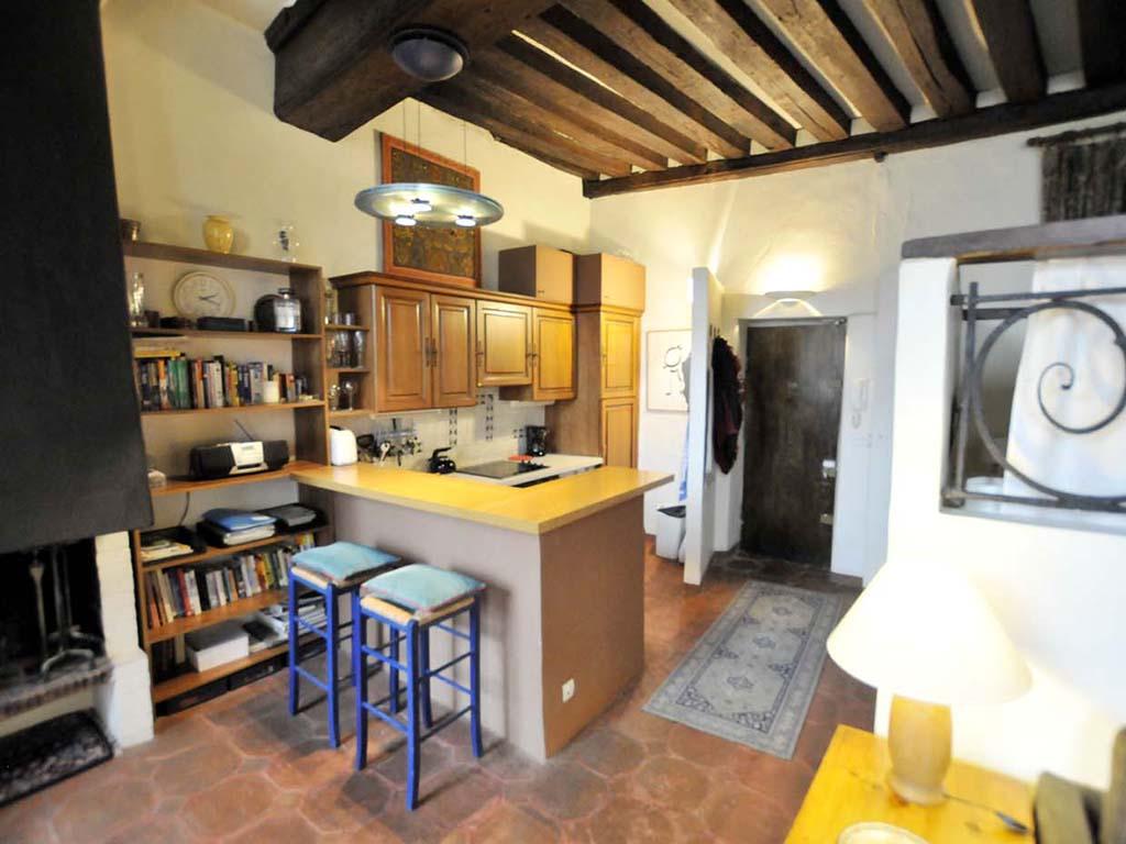 kitchen-new-1.jpg