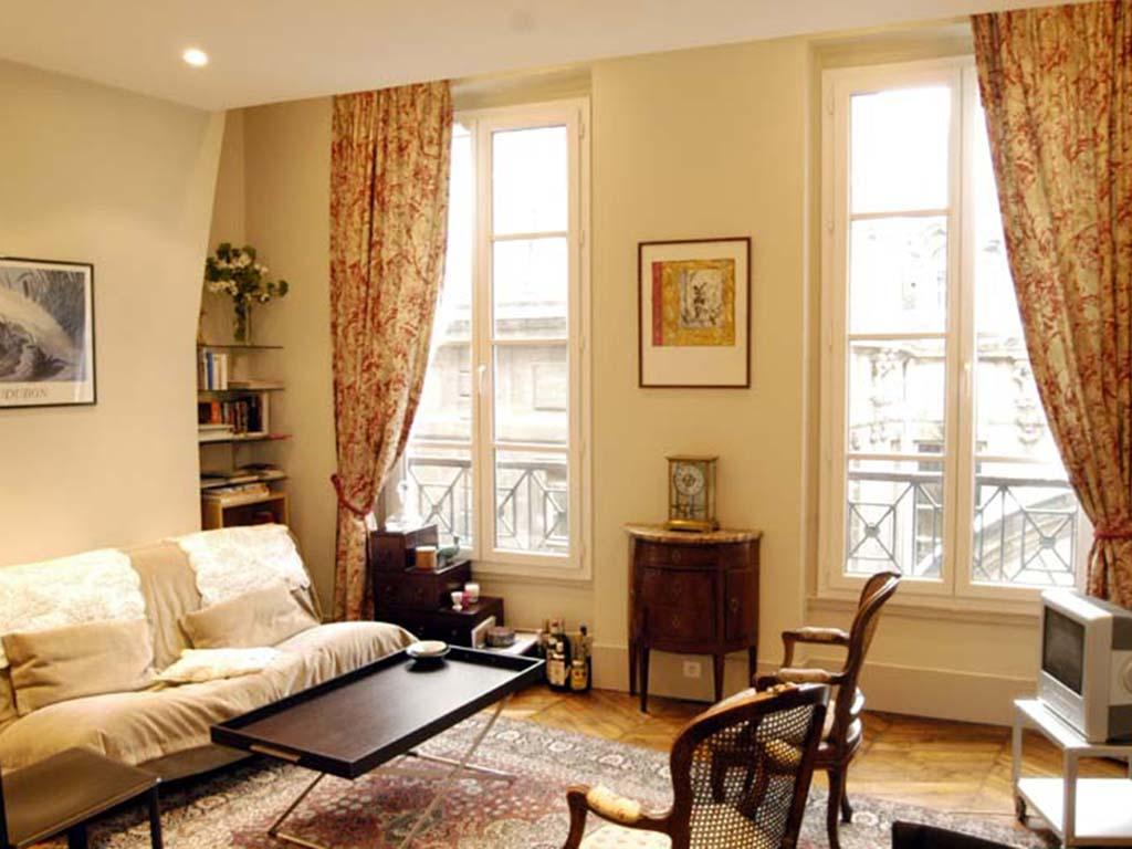 lounge-11.jpg