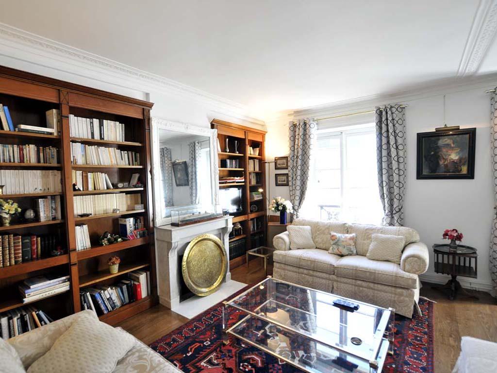 lounge-new-1.jpg