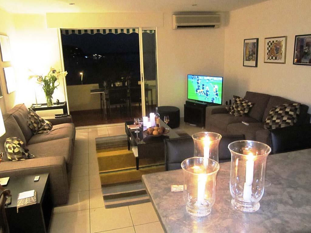 lounge22.jpg